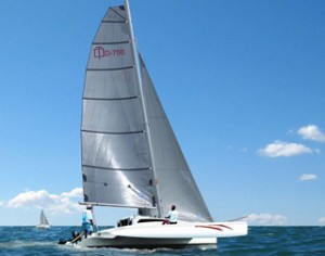 Dash-750-under-sail