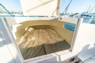 chris-white-hammerhead-34-int-aft-cabin
