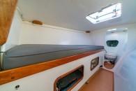 chris-white-hammerhead-34-int-fwd-cabin