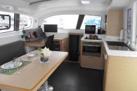 outremer-45-int-saloon-3