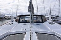 maine-cat-38-ext-foredeck