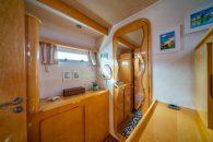 privilege-495-int-master-cabin-2